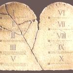 tavole-della-legge-mosaica (1)
